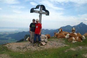 Wir am Gipfelkreuz